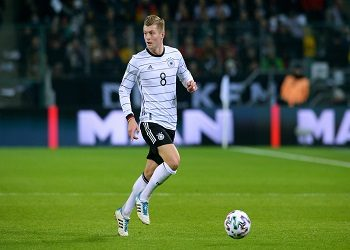 Kroos am Ball